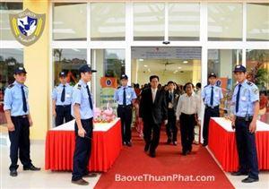 Nhân viên bảo vệ nhân vật quan trọng đến từ Thuận Phát có những kỹ năng gì?